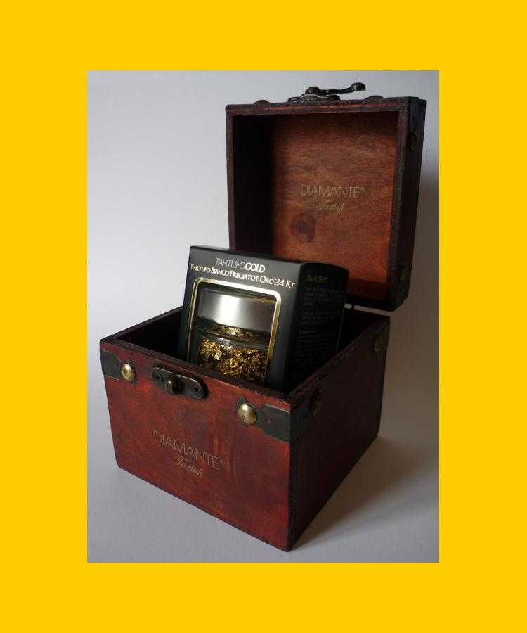 TARTUFO GOLD + WOOD BOX  - (TARTUFO BIANCO PREGIATO e ORO PURO 24KT) White Truffle and 24KT Pure Gold